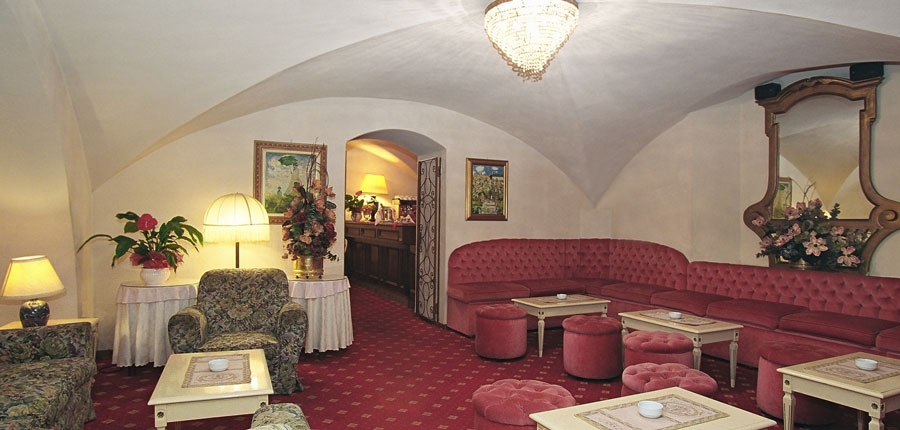 Grand Hotel Plaza, Montecatini, Italy - Bar.jpg